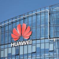 Huawei начнет взимать с производителей смартфонов плату за использование патентов 5G